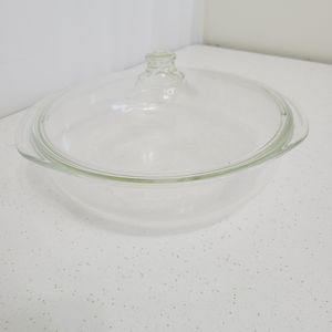 Pyrex Clear Glass Bowl with Lid - 026 3QT